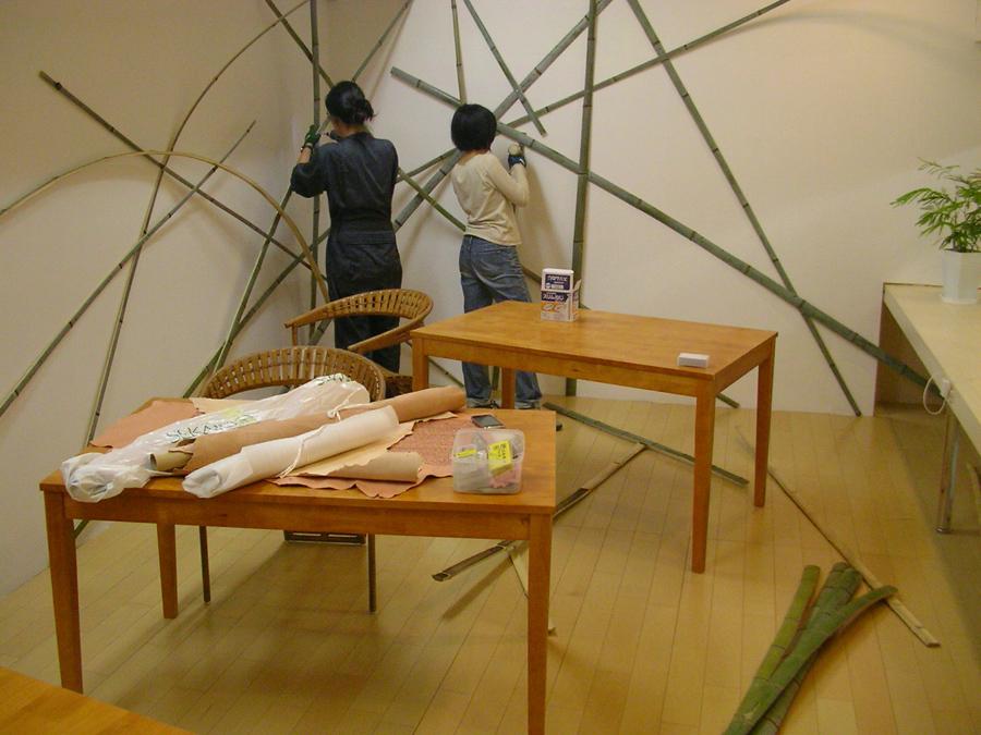 3_Choja-machi-DEKITATE-Kobo_installation-view_Aichi-Triennale_2010